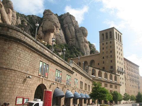 Монастырь Монтсеррат в Каталонии