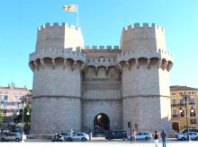 Крепостные башни Torres de Serranos в Валенсии
